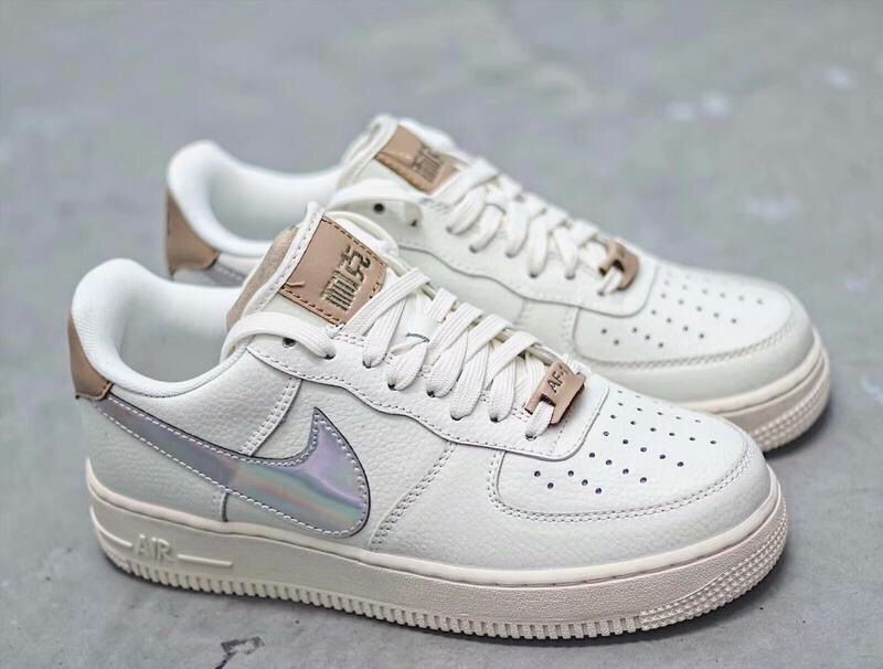 men low air force one 2019-8-3-004