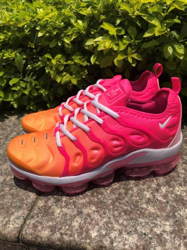 air vapormax plus 2018 tn women-040