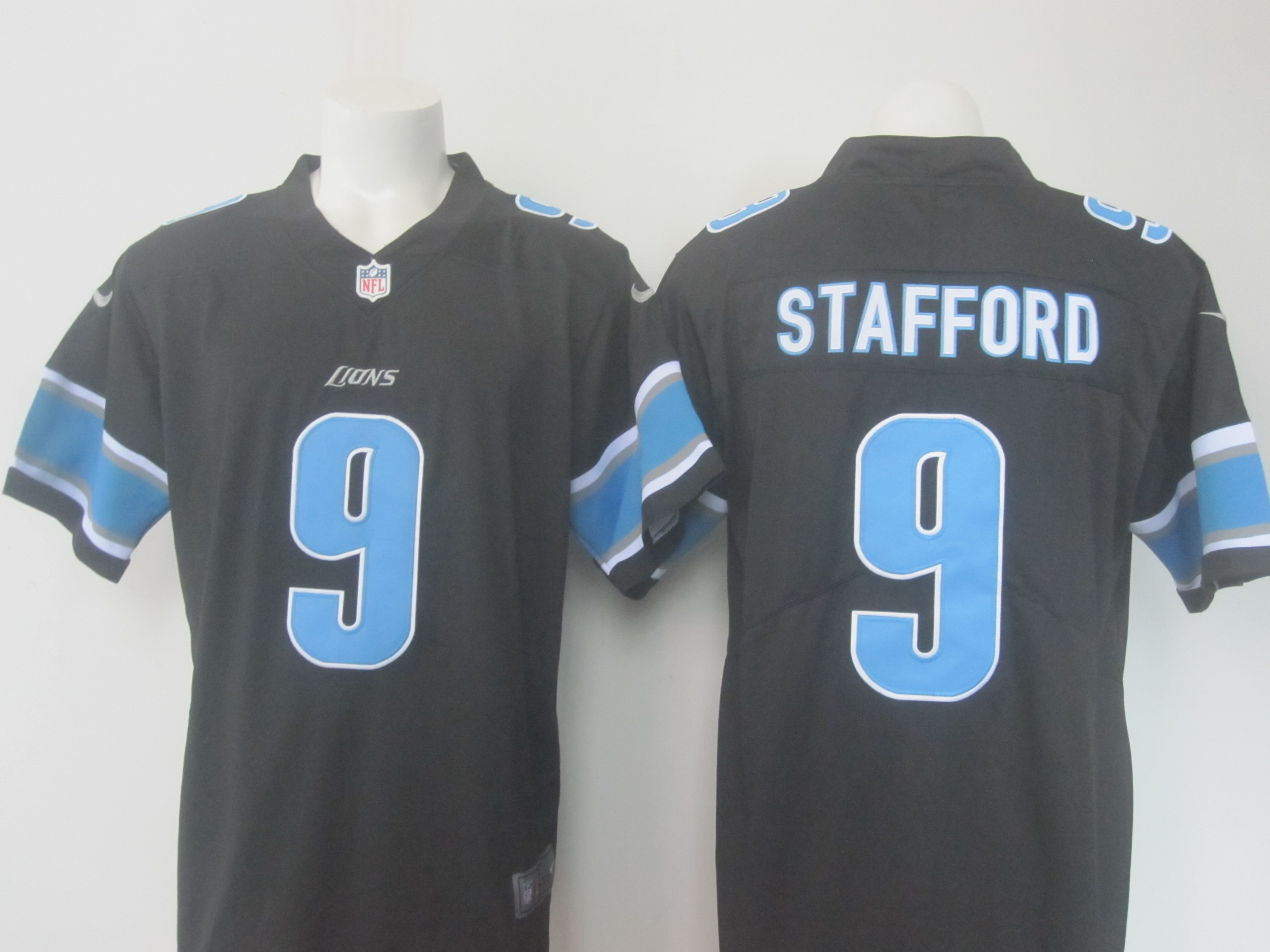 Men's Nike Lions #9 Matthew Stafford Black Limited Rush Stitched NFL Jersey