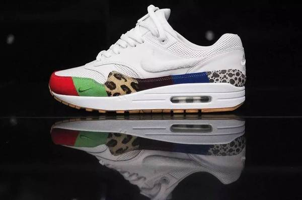 Nike Air Max 1 What The-1